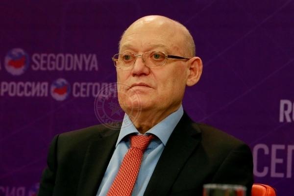 Умер легендарный советский хоккеист Владимир Петров