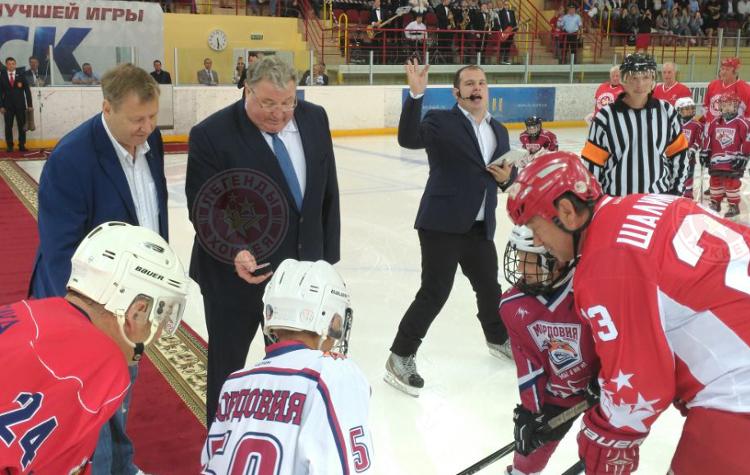 «Легенды хоккея» посетили Саранск