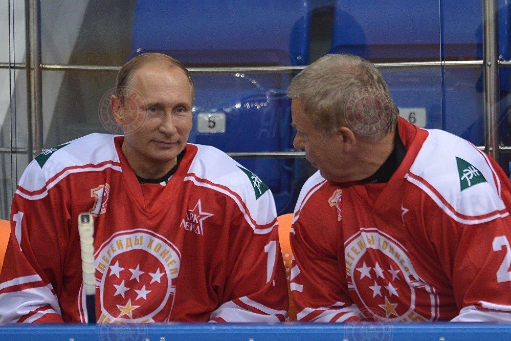 Легенды хоккея  - основа команд-участниц матча ночной лиги в Сочи