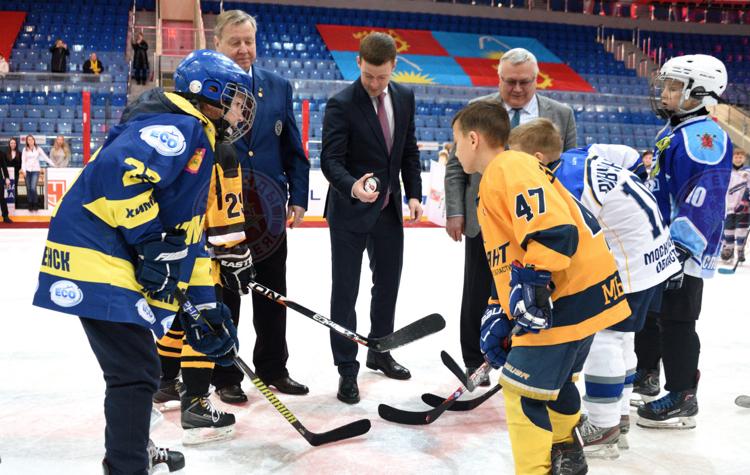 Юношеский турнир по хоккею на кубок Юрия Ляпкина стартовал в Балашихе